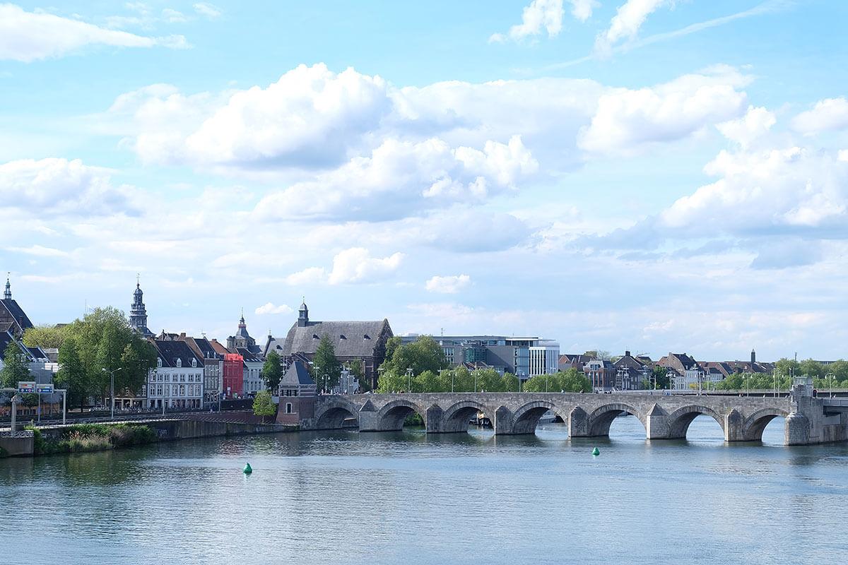 Những điều cần biết về Maastricht, phương tiện đi lại và nhà ở 1 - Where my heart goes